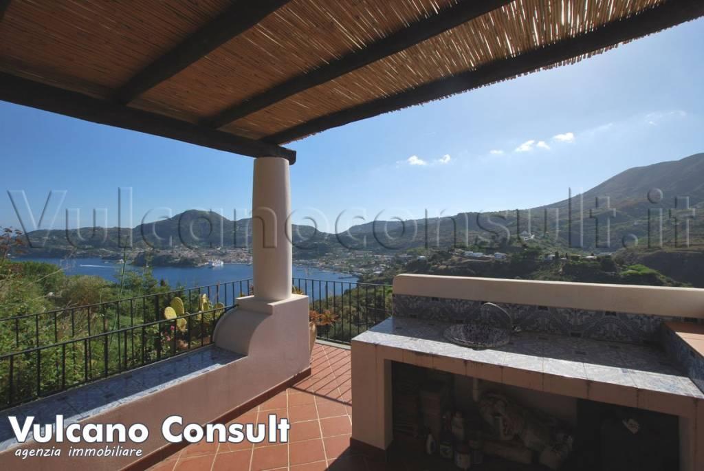 Appartamento in vendita a Lipari, 4 locali, prezzo € 250.000 | PortaleAgenzieImmobiliari.it