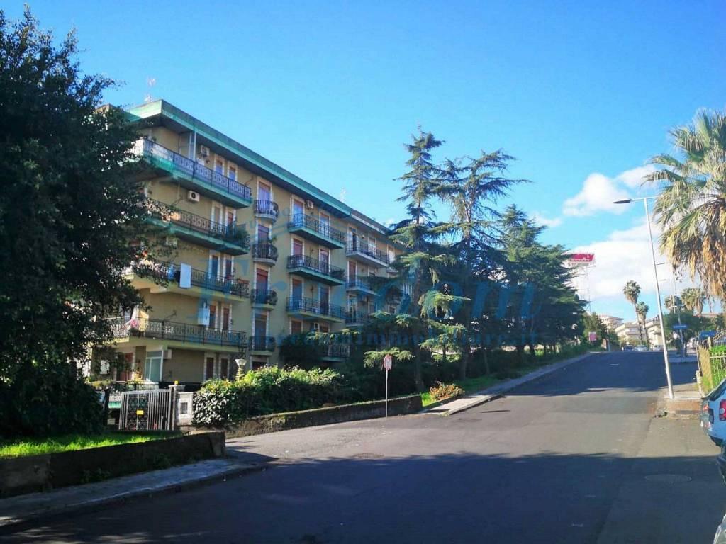 Appartamento in Vendita a Tremestieri Etneo Centro: 5 locali, 140 mq