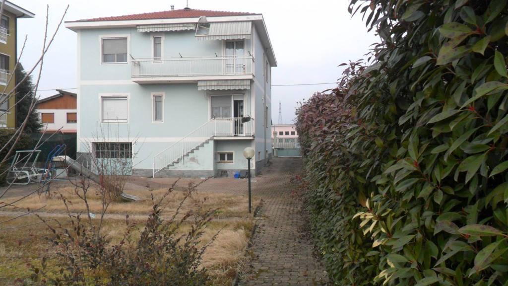 Villa in vendita a Trino (VC)