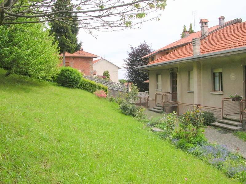 Villa a schiera quadrilocale in vendita a Trivero (BI)