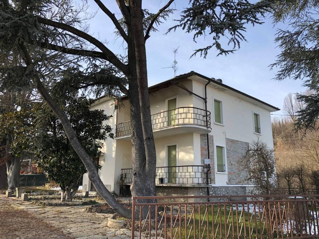 Appartamento in affitto a Clavesana, 5 locali, prezzo € 400 | CambioCasa.it