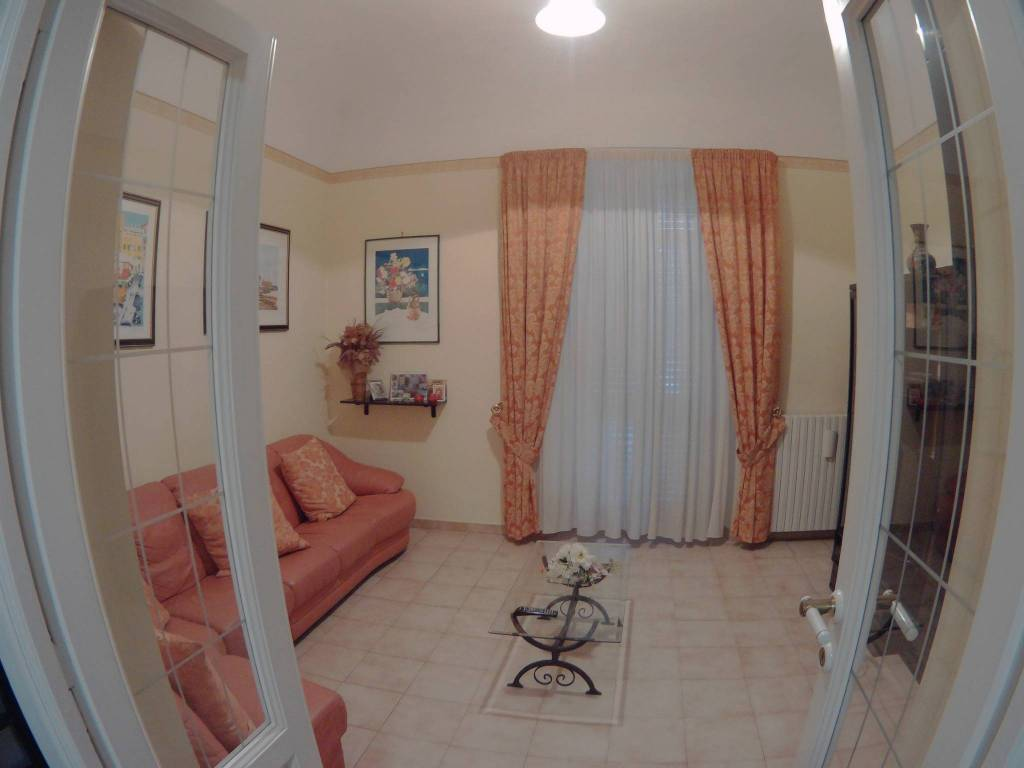 Appartamento quadrilocale in affitto a Chieti (CH)