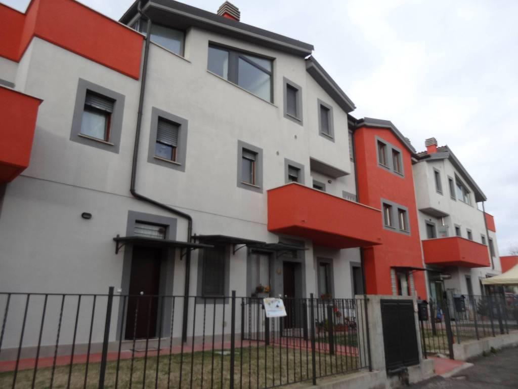 Appartamento trilocale in vendita a Giove (TR)