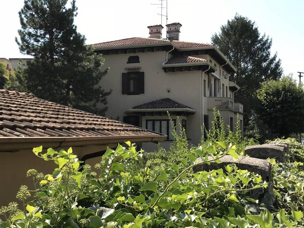 Villa quadrilocale in vendita a Monfalcone (GO)