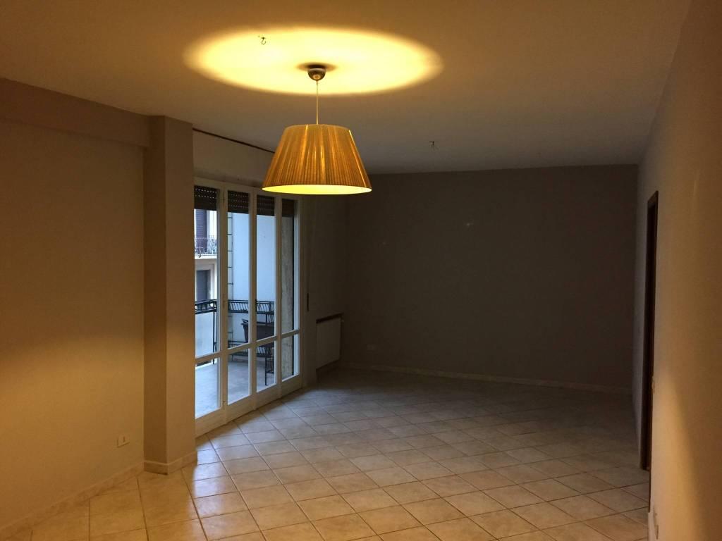 Appartamento 5 locali in affitto a Pontedera (PI)