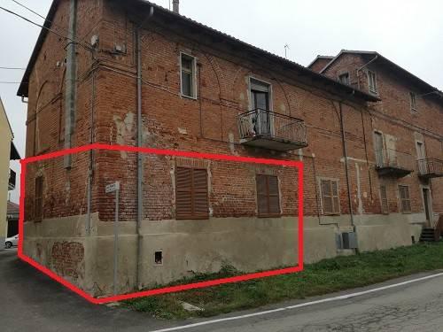 Appartamento trilocale in vendita a Tigliole (AT)