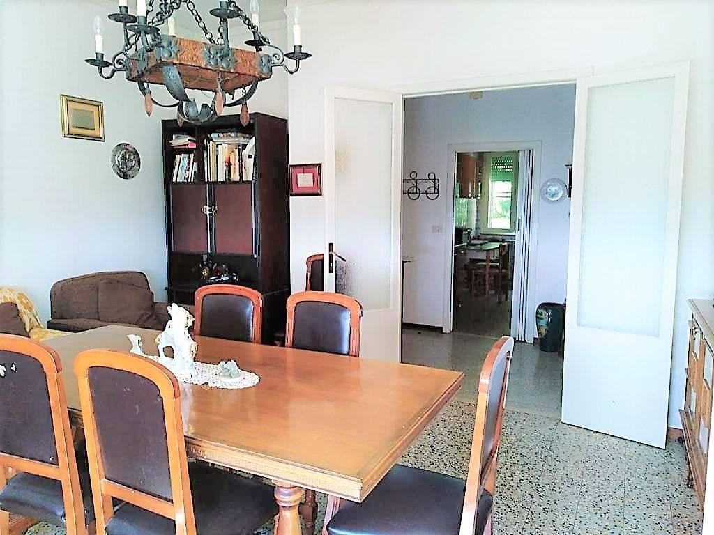 Appartamento in buone condizioni a 5 km da Pesaro.