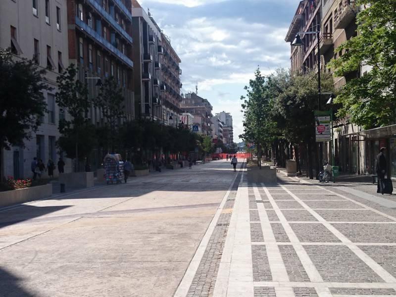 Locale commerciale centrale e visibile