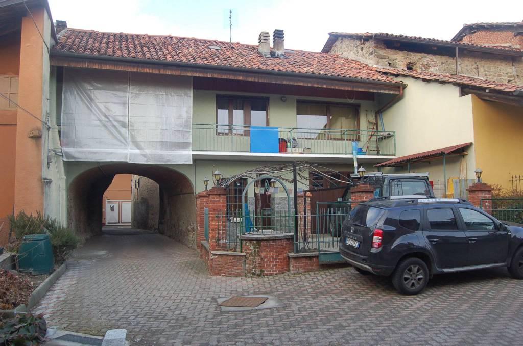 Villa in buone condizioni in vendita Rif. 9469641