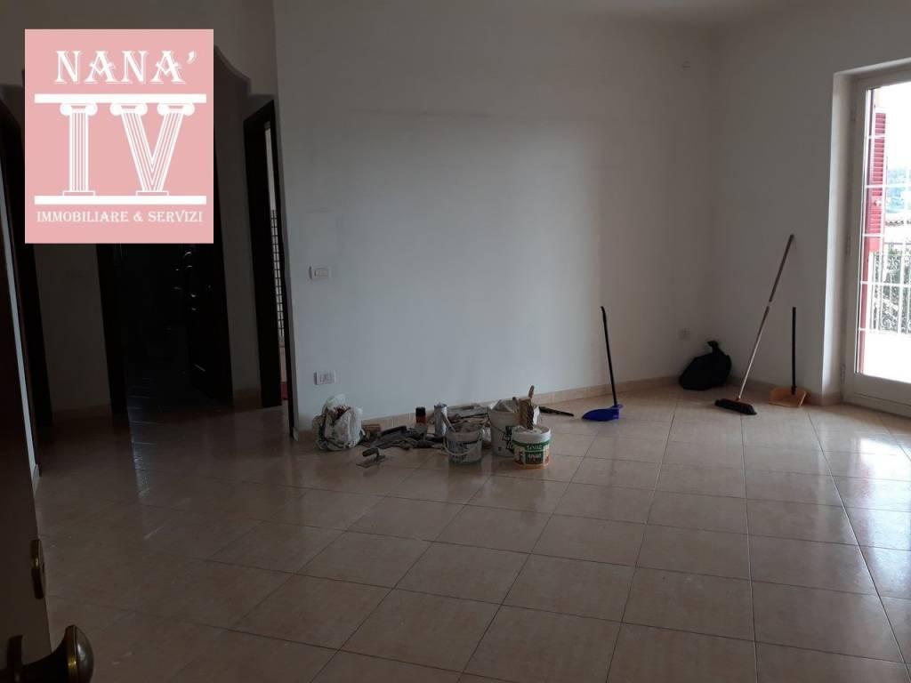 Appartamento in ottime condizioni in affitto Rif. 9468552