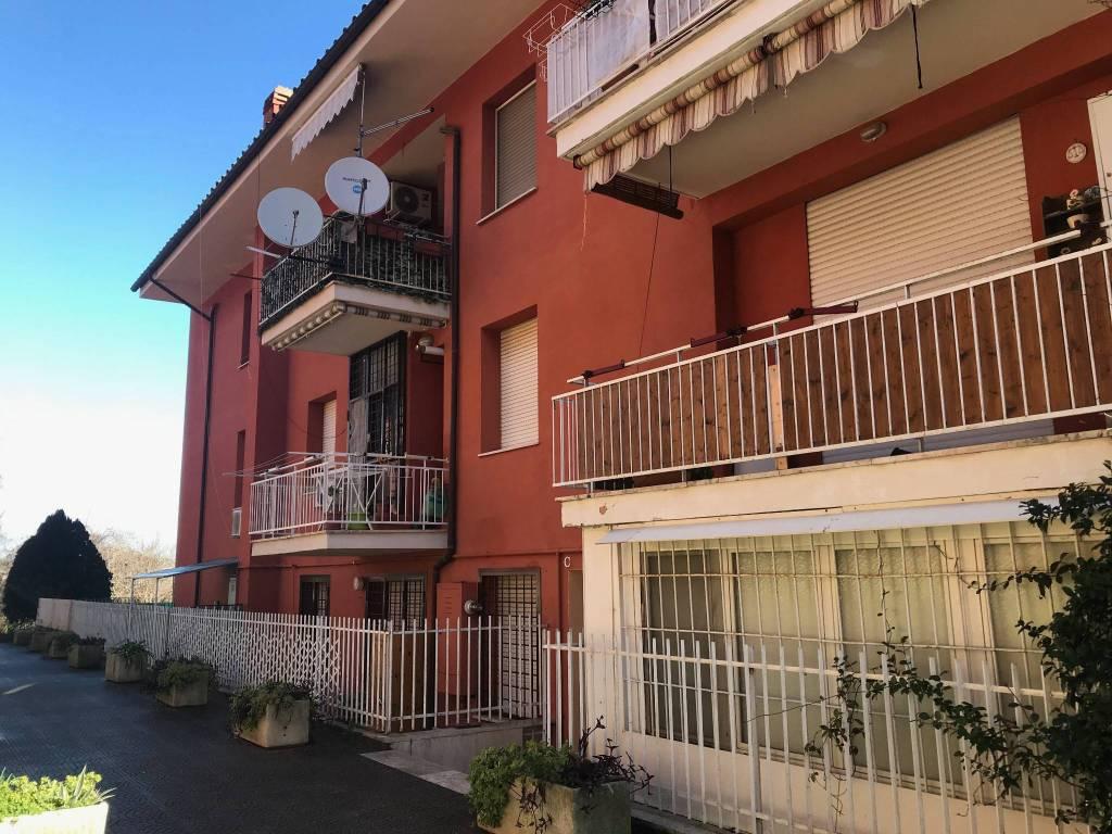 Castelnuovo Bilocale ristrutturato €450