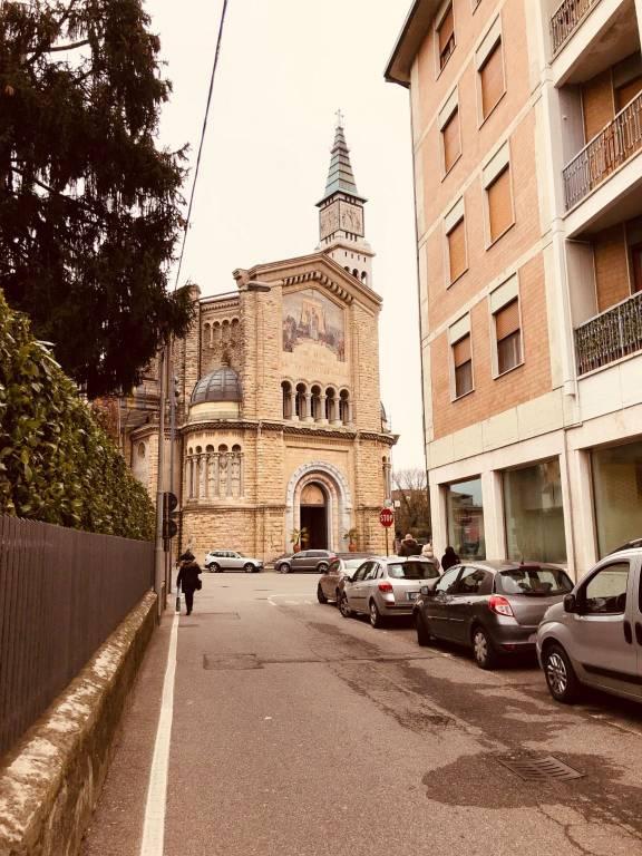 Negozio / Locale in vendita a Ponte San Pietro, 9999 locali, prezzo € 49.000   PortaleAgenzieImmobiliari.it