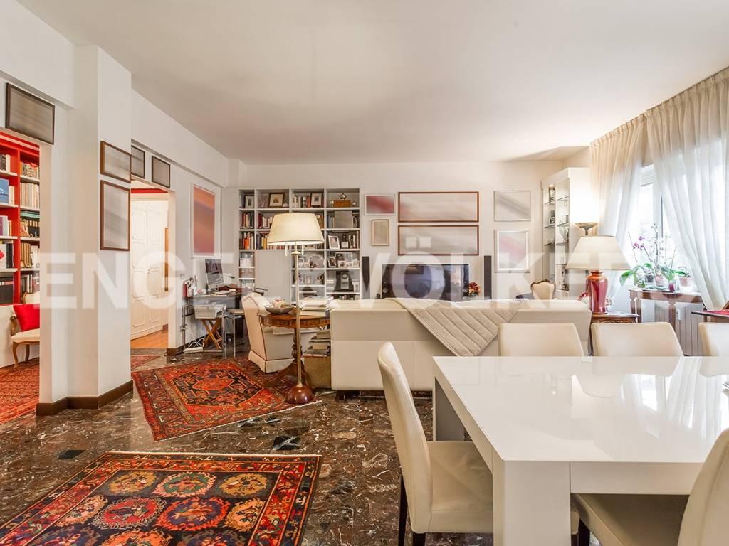 Appartamento in Vendita a Roma 29 Monteverde / Gianicolense / Colli Portuensi: 5 locali, 195 mq