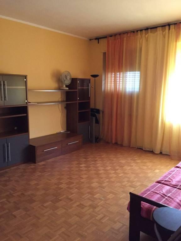Appartamento in vendita a Biella, 3 locali, prezzo € 39.000   CambioCasa.it