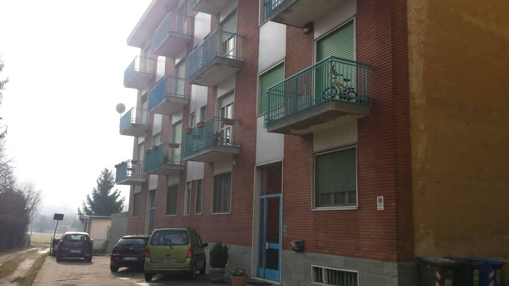 Appartamento da ristrutturare in vendita Rif. 9465912