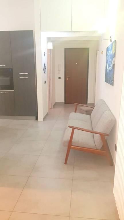 Appartamento in ottime condizioni arredato in vendita Rif. 9465693
