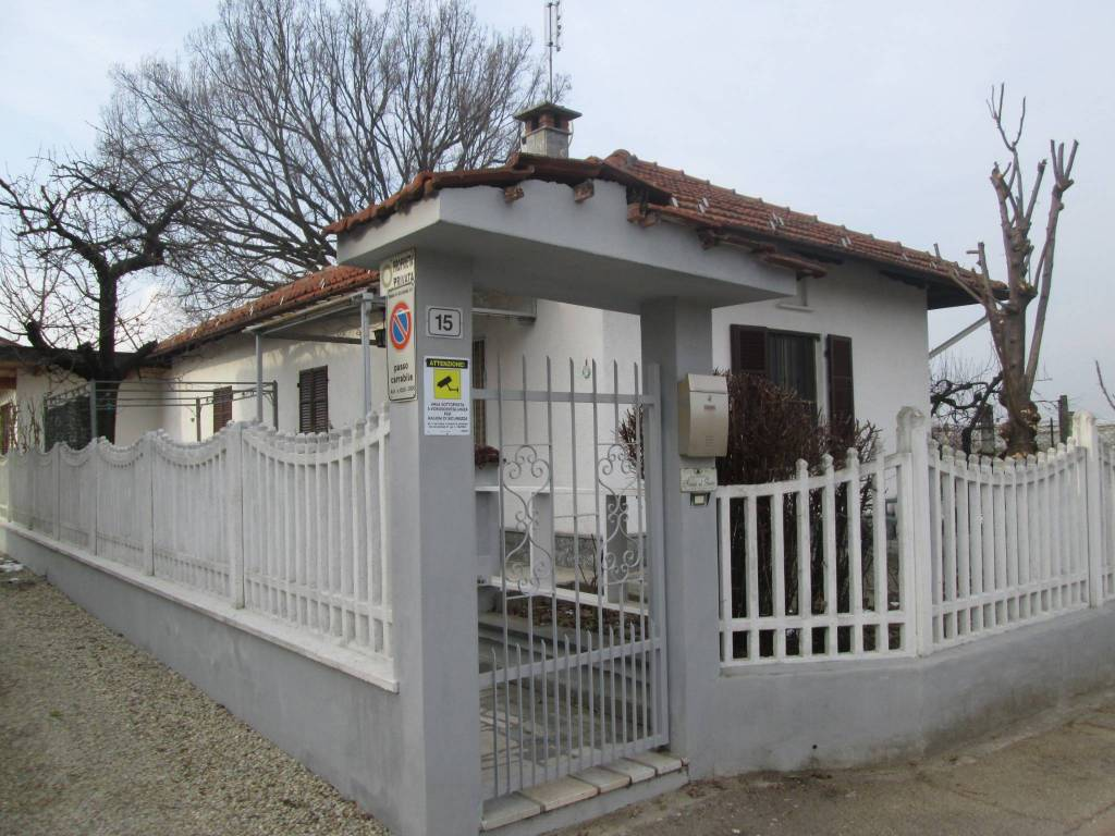 Foto 1 di Villa via Candellino, Villafranca Piemonte