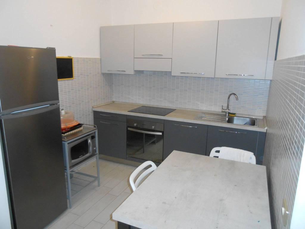 Polesella, appartamento arredato con garage e cantina