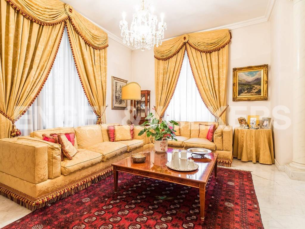 Casa Indipendente in ottime condizioni in vendita Rif. 9468485