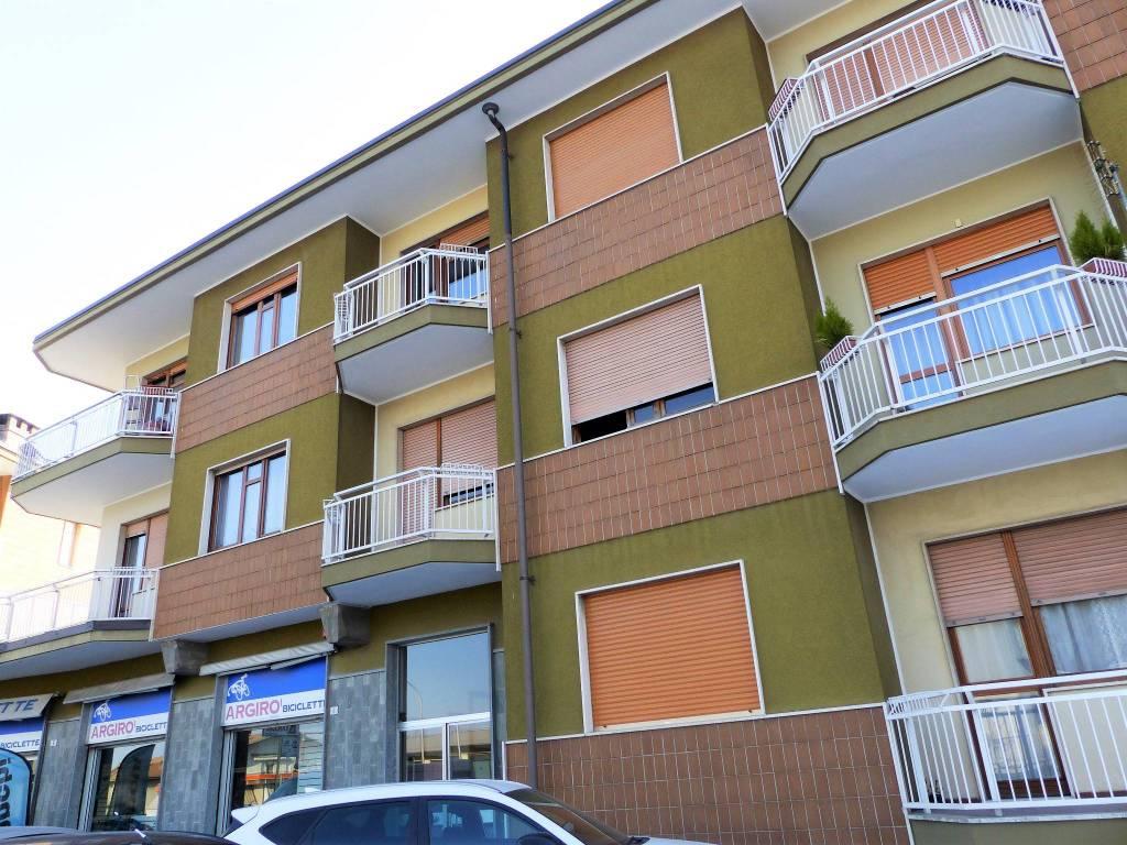 Foto 1 di Bilocale via Cuneo 2, Borgo San Dalmazzo