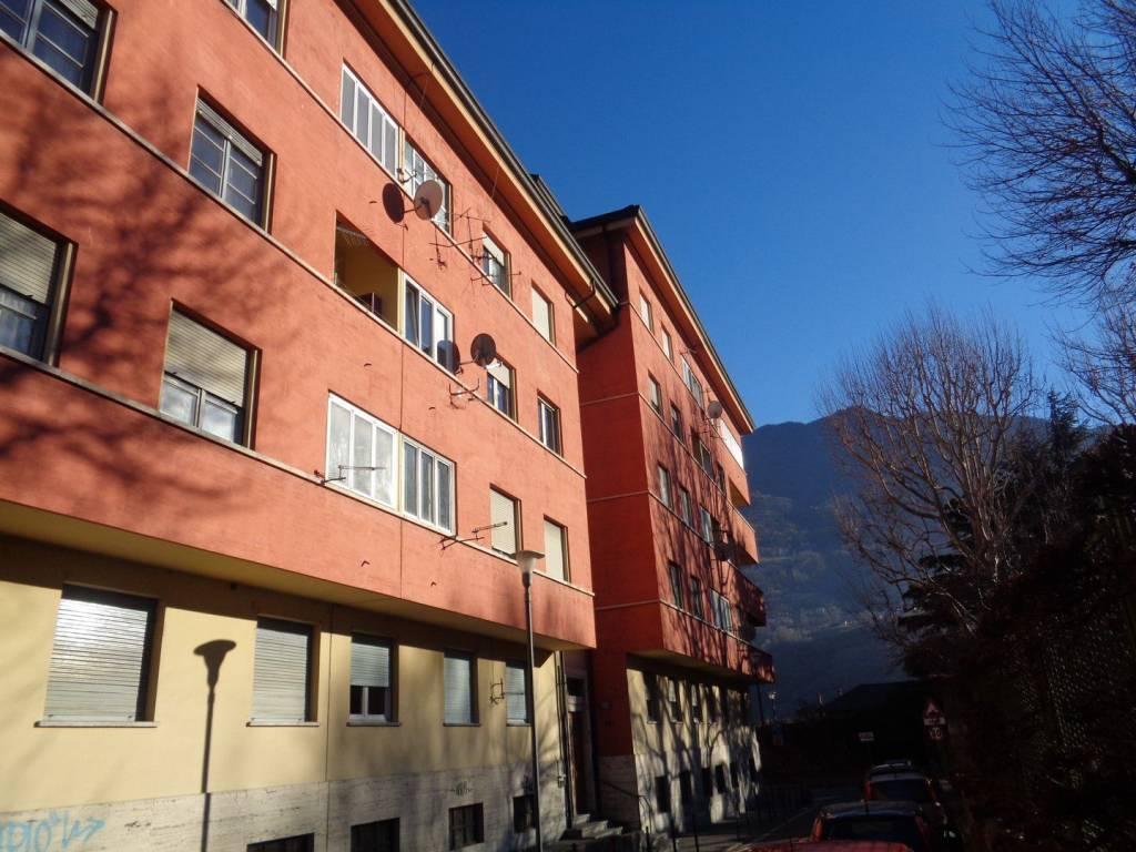 Foto 1 di Quadrilocale via 4 Novembre, Aosta
