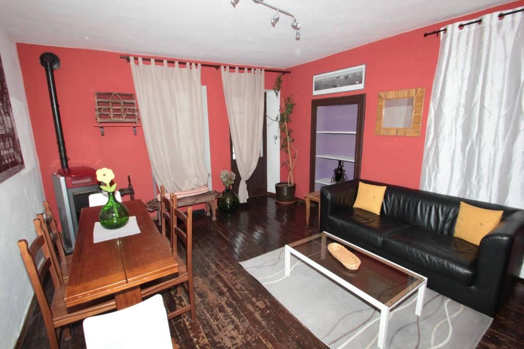 Casa indipendente trilocale in affitto a Valdengo (BI)