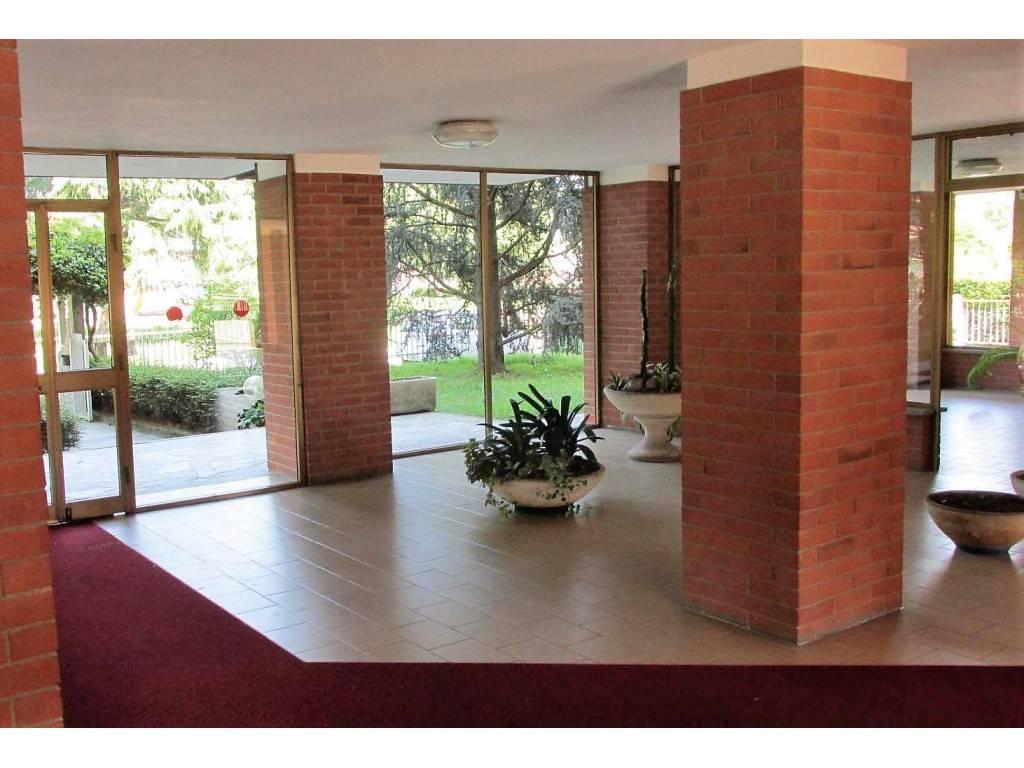 Appartamento in vendita a Beinasco, 3 locali, prezzo € 92.000 | CambioCasa.it