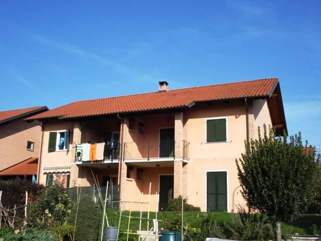 Villetta a schiera in ottime condizioni in vendita Rif. 9485884