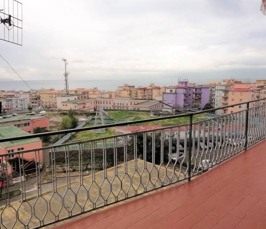 Appartamento panoramico 3 vani Via Cefalonia T. Greco