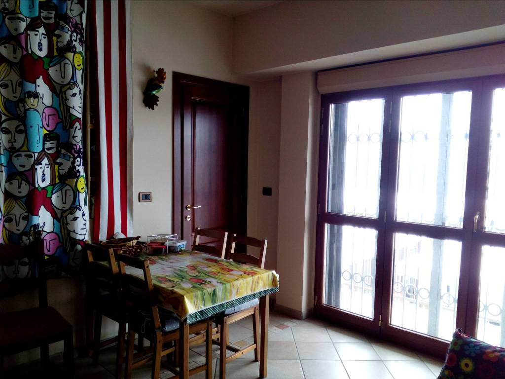 Foto 1 di Bilocale via La Loggia, Vinovo