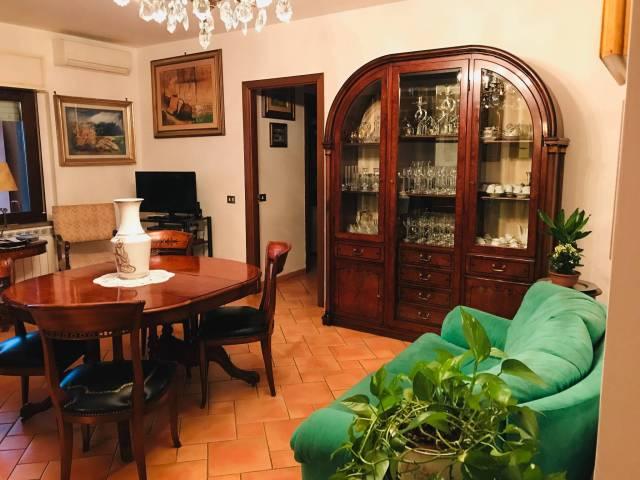 Appartamento, 113 Mq, Vendita - Viterbo (Viterbo)