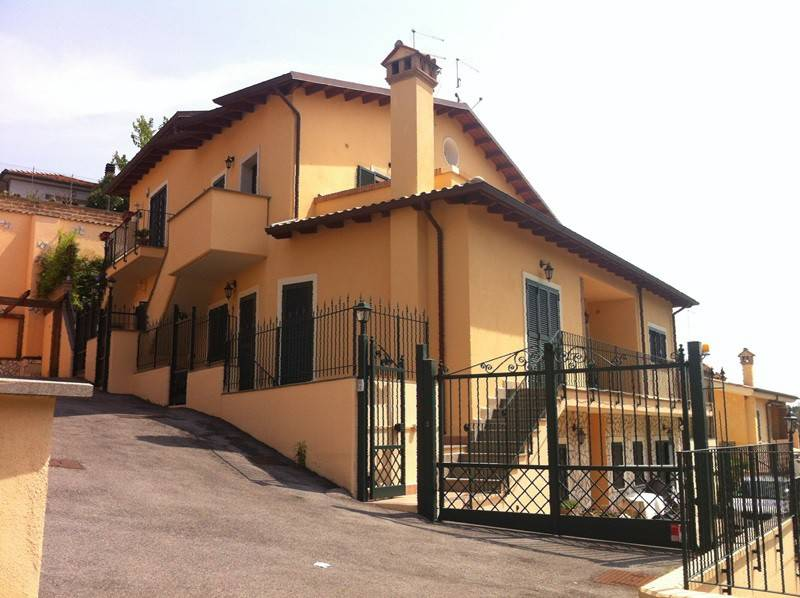 Immobiliare Marella affitta ad Aranova.