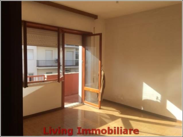 Appartamento da ristrutturare in vendita Rif. 5022821