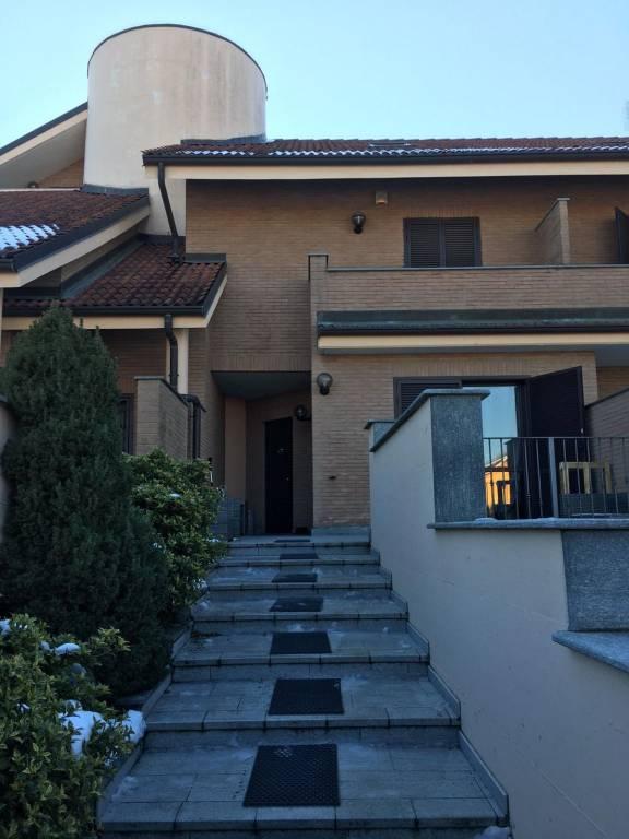 Villetta a schiera in ottime condizioni in affitto Rif. 9468990