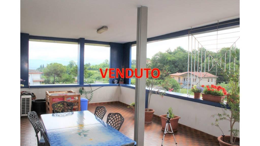 Appartamento in buone condizioni arredato in vendita Rif. 9291729