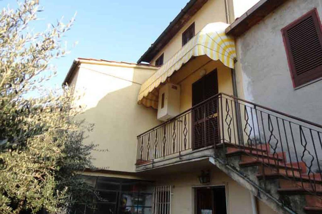 Appartamento in vendita a Porcari, 3 locali, prezzo € 50.000 | PortaleAgenzieImmobiliari.it