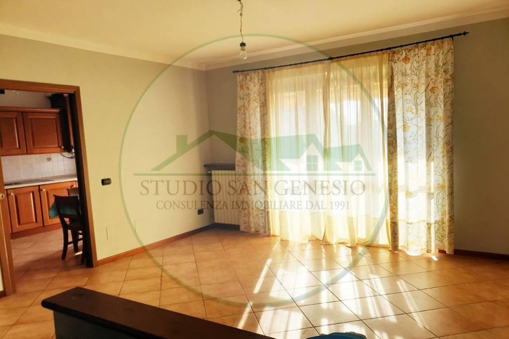 Appartamento in vendita a Borgarello, 4 locali, prezzo € 185.000 | CambioCasa.it