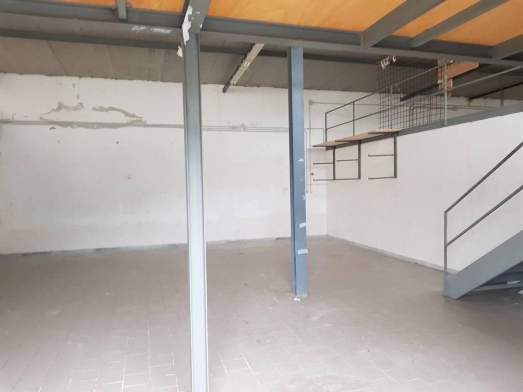 Capannone in affitto a Quarto, 2 locali, prezzo € 1.300 | CambioCasa.it