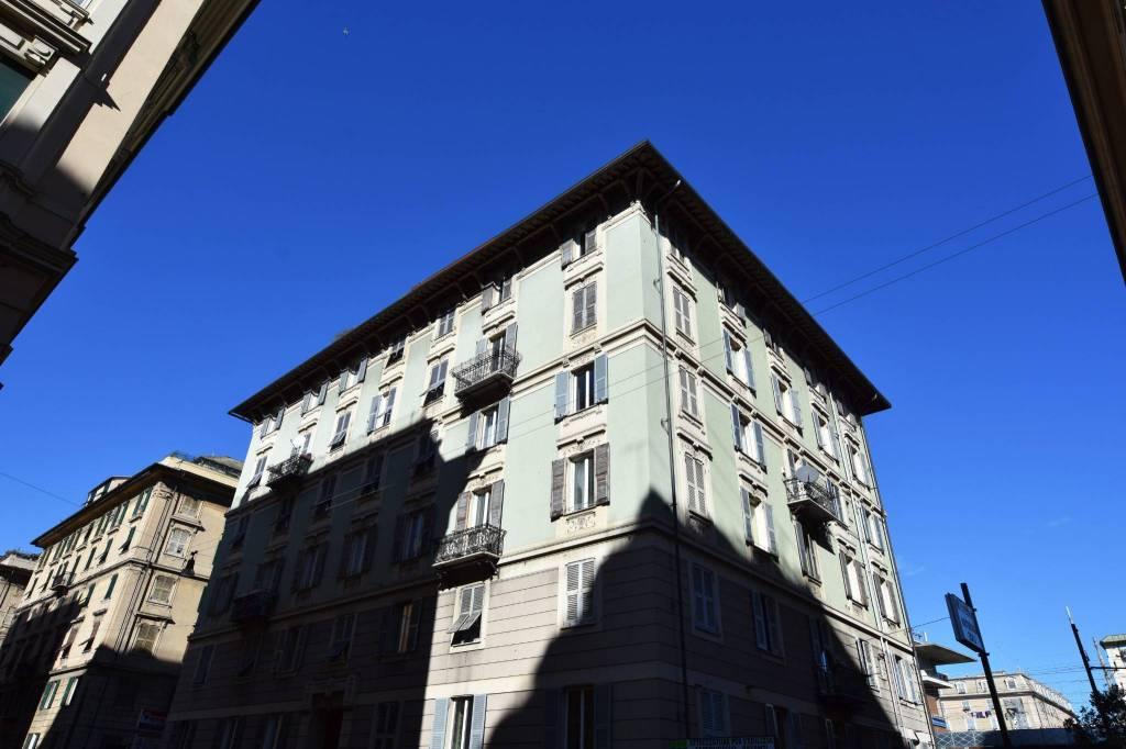 Foto 1 di Appartamento via Giovanni Tomaso Invrea 7, Genova (zona Carignano, Castelletto, Albaro, Foce)