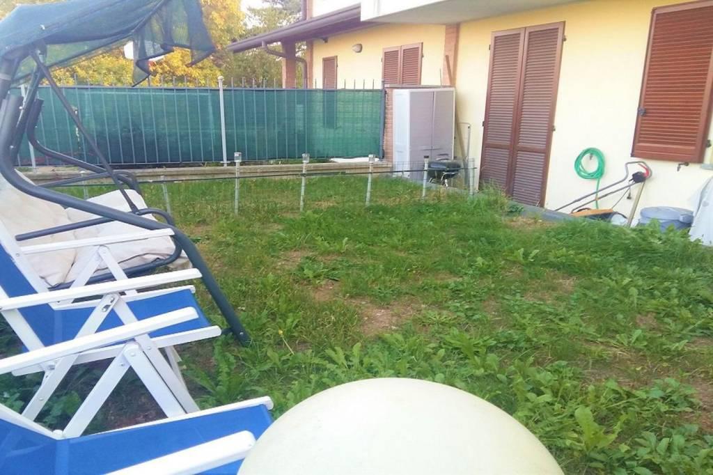 Appartamento in ottime condizioni arredato in vendita Rif. 8638622