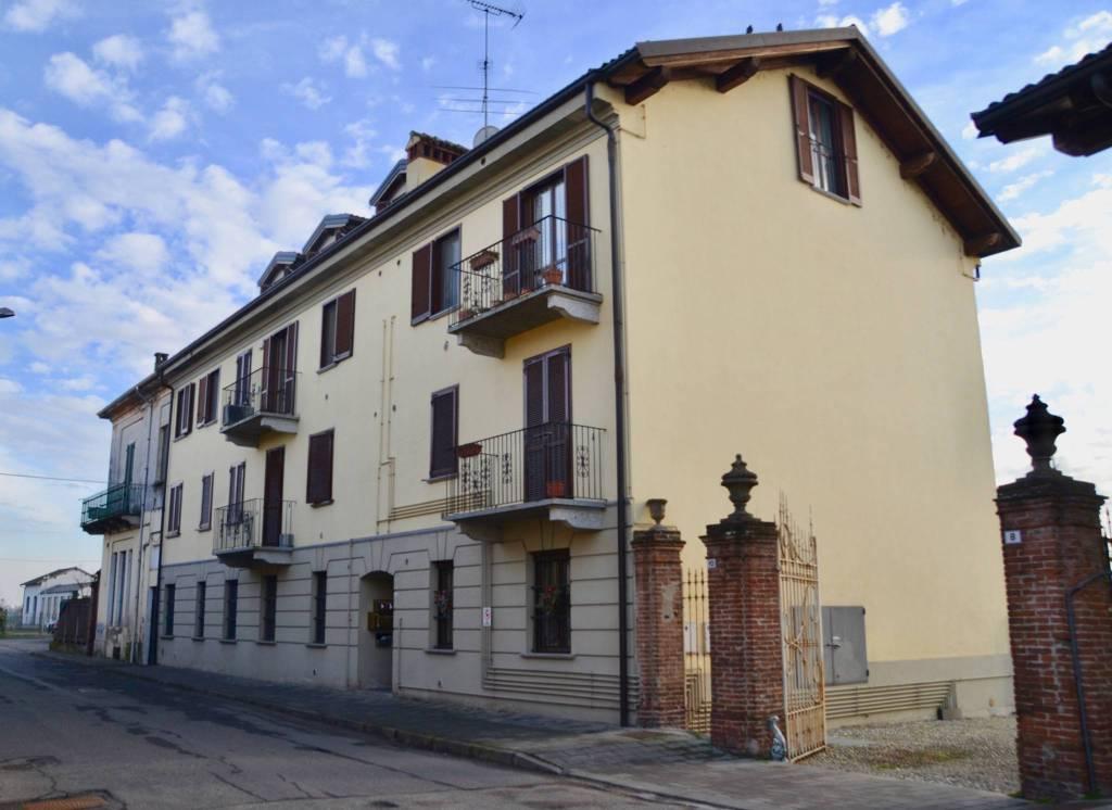 Appartamento in affitto a Gropello Cairoli, 3 locali, prezzo € 450 | CambioCasa.it