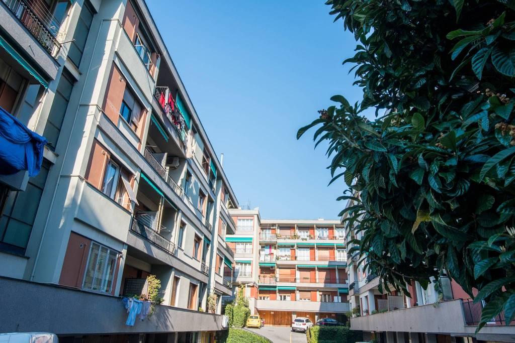 Foto 1 di Appartamento via Stefano Turr, Genova (zona Quarto)