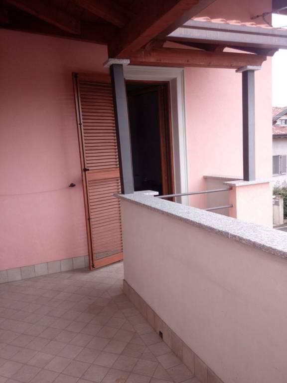 Appartamento in affitto a Arcisate, 2 locali, prezzo € 500 | CambioCasa.it