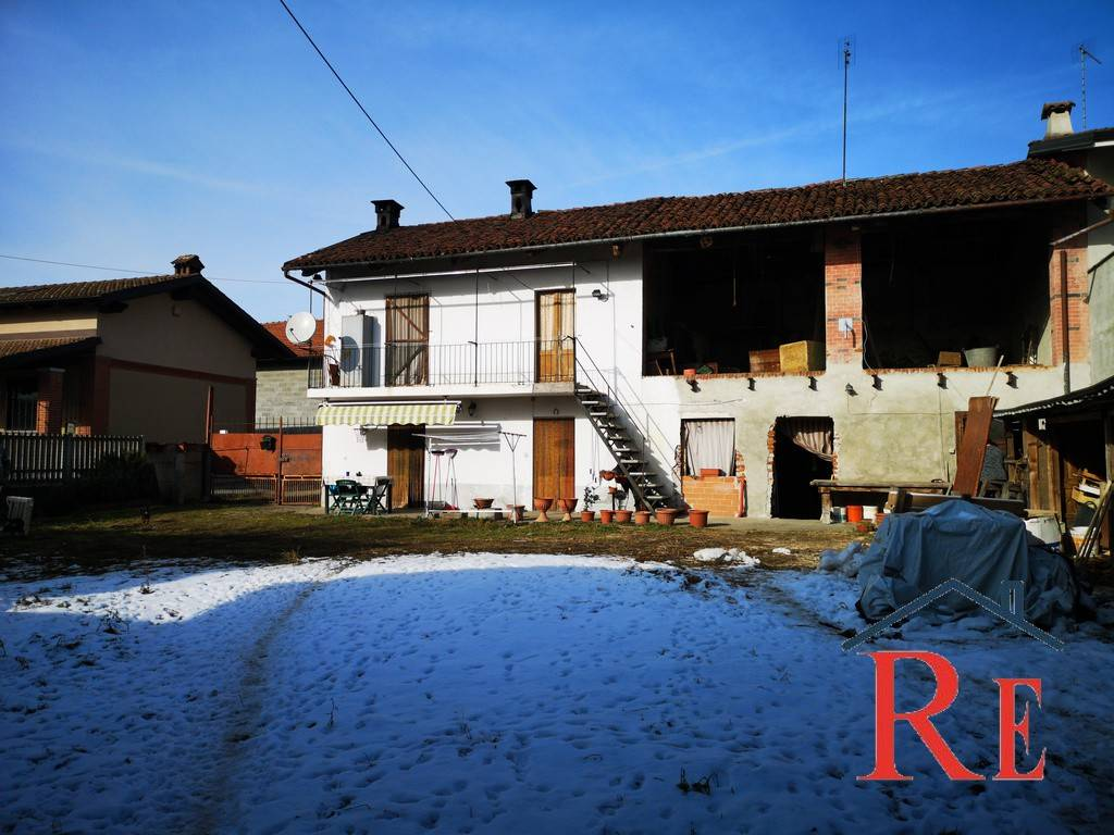 Foto 1 di Rustico / Casale via Trento 39, Villafranca Piemonte