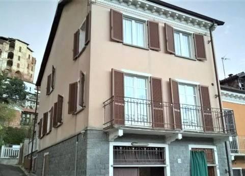 Palazzo / Stabile in vendita a Frinco, 6 locali, prezzo € 69.000   PortaleAgenzieImmobiliari.it