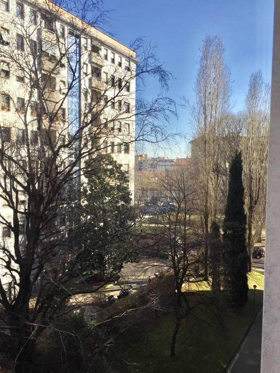 Appartamento in Vendita a Milano 08 Vercelli / Magenta / Cadorna / Washington: 3 locali, 95 mq