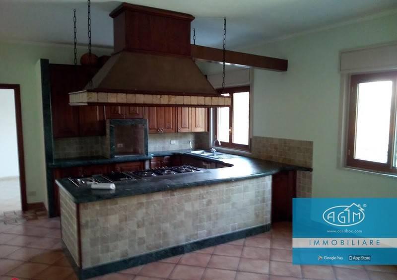 Appartamento in Vendita a Palermo Periferia Nord: 2 locali, 67 mq