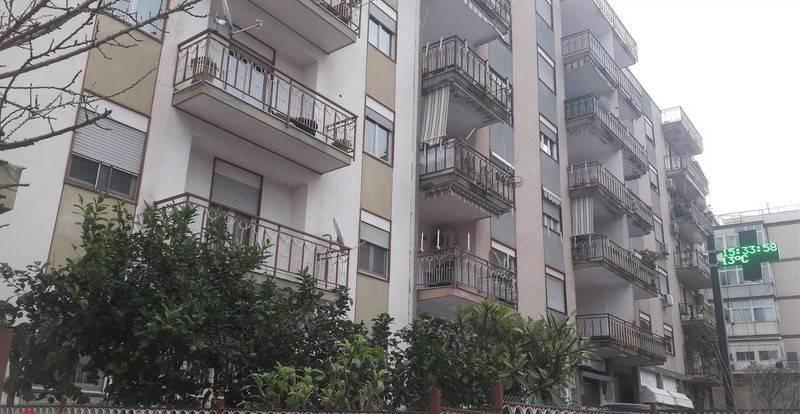 Appartamento in Vendita a Palermo Periferia Nord: 5 locali, 127 mq