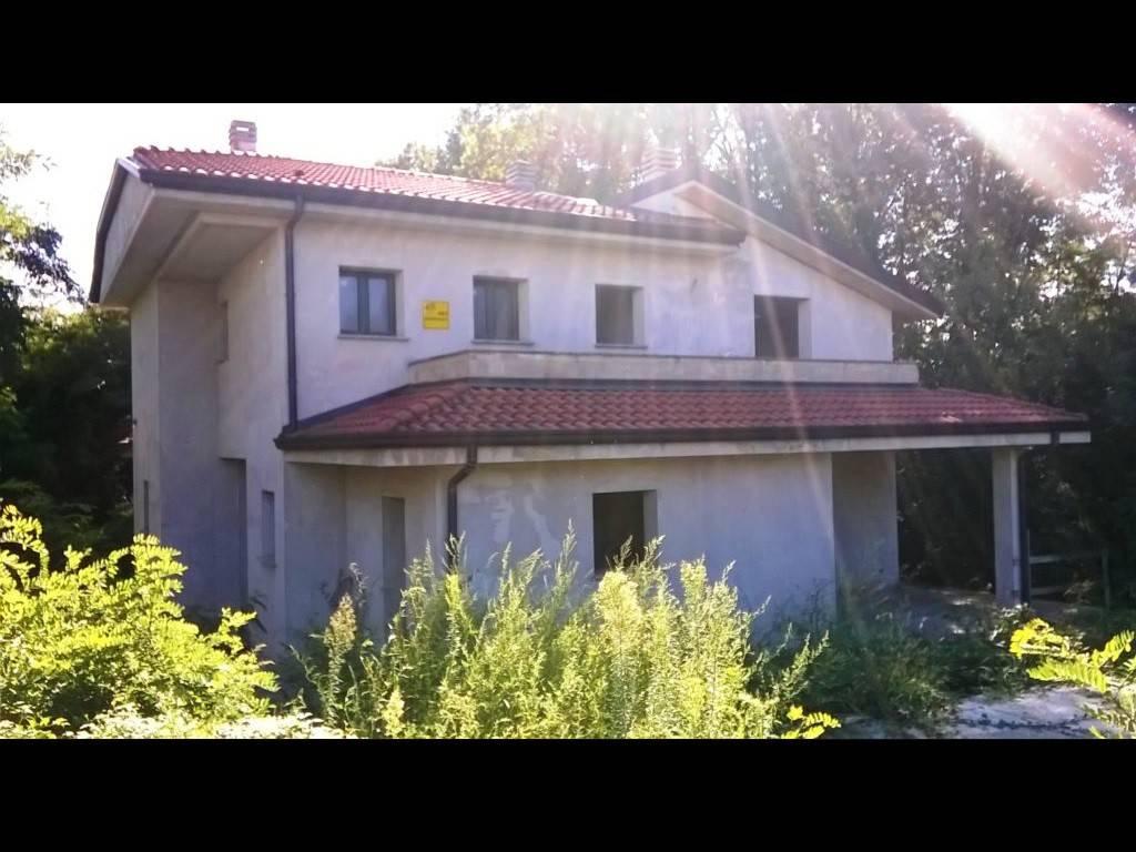 Villa in vendita Rif. 8039567