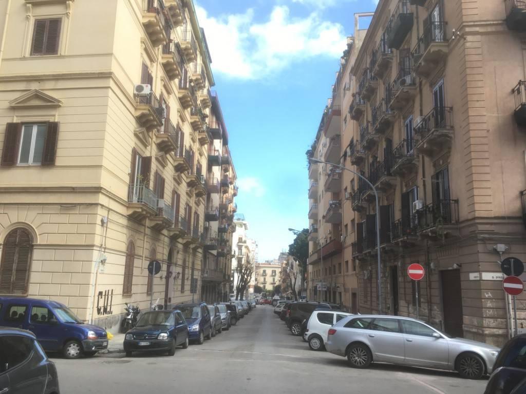 Attico in Vendita a Palermo Centro: 2 locali, 69 mq